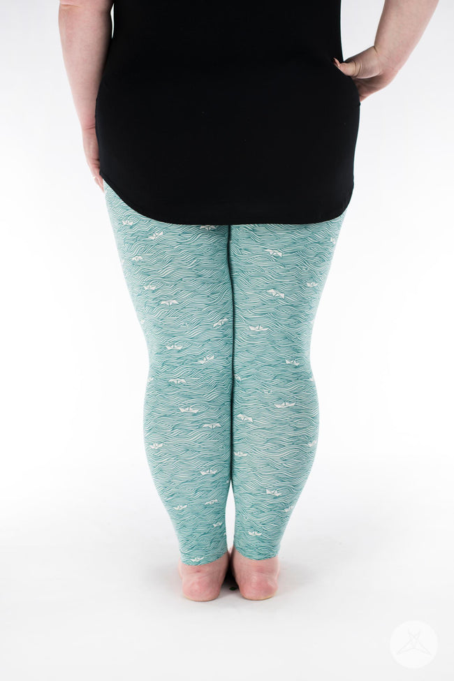 Make Waves Plus leggings - SweetLegs