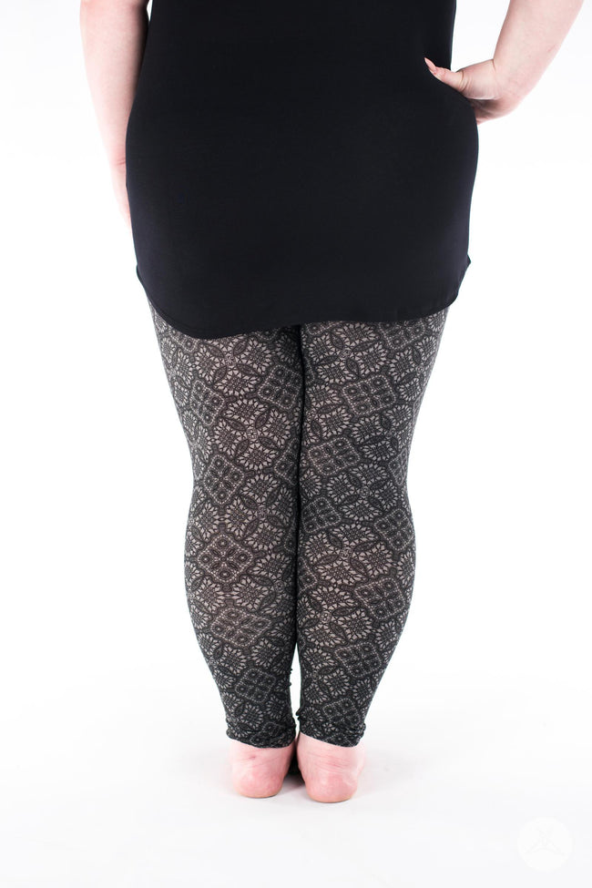 Stiletto Plus leggings - SweetLegs