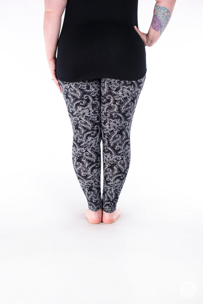 White Fern Plus leggings - SweetLegs
