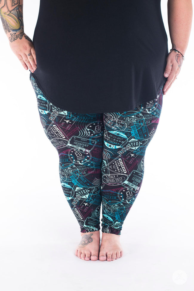 Bon Voyage Plus2 leggings - SweetLegs