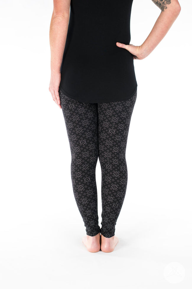 Squared Up Petite leggings - SweetLegs