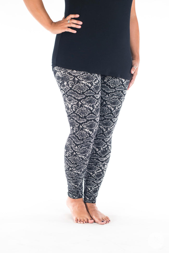 Black Mamba leggings - SweetLegs