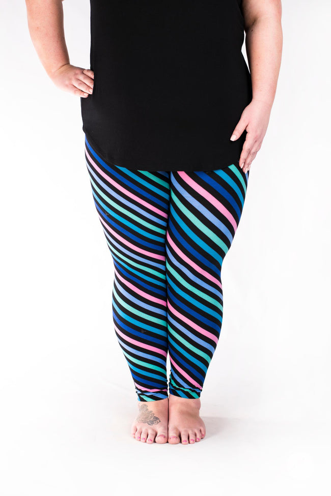 Electric Pursuit Plus leggings - SweetLegs