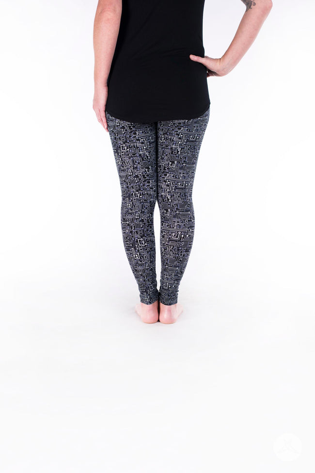 Short Circuit Petite leggings - SweetLegs