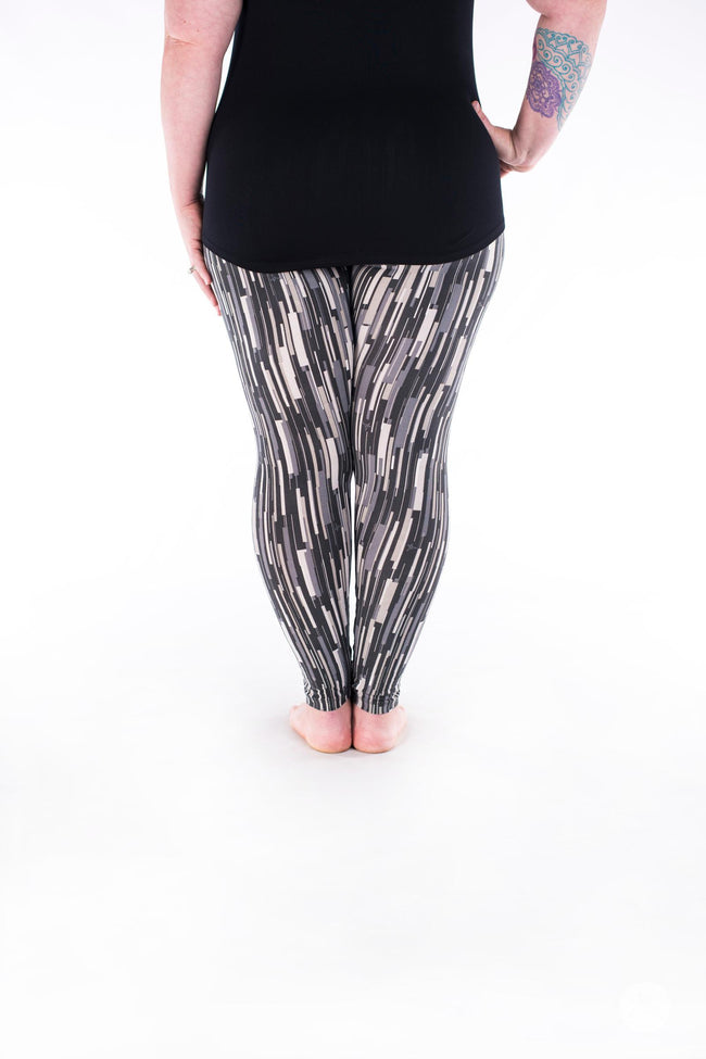 Elevate Plus leggings - SweetLegs
