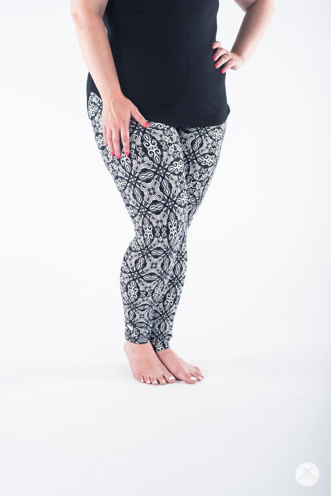 Everlasting Plus leggings - SweetLegs