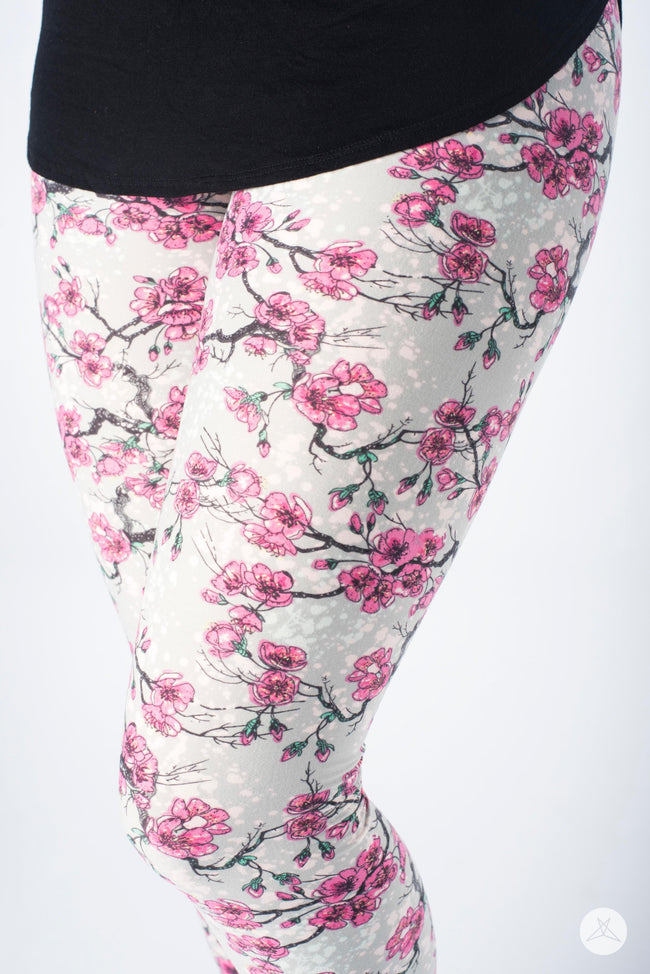 Sweet Sakura Petite leggings - SweetLegs