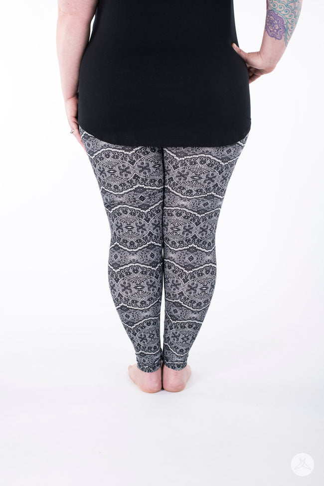 Romantique Plus leggings - SweetLegs