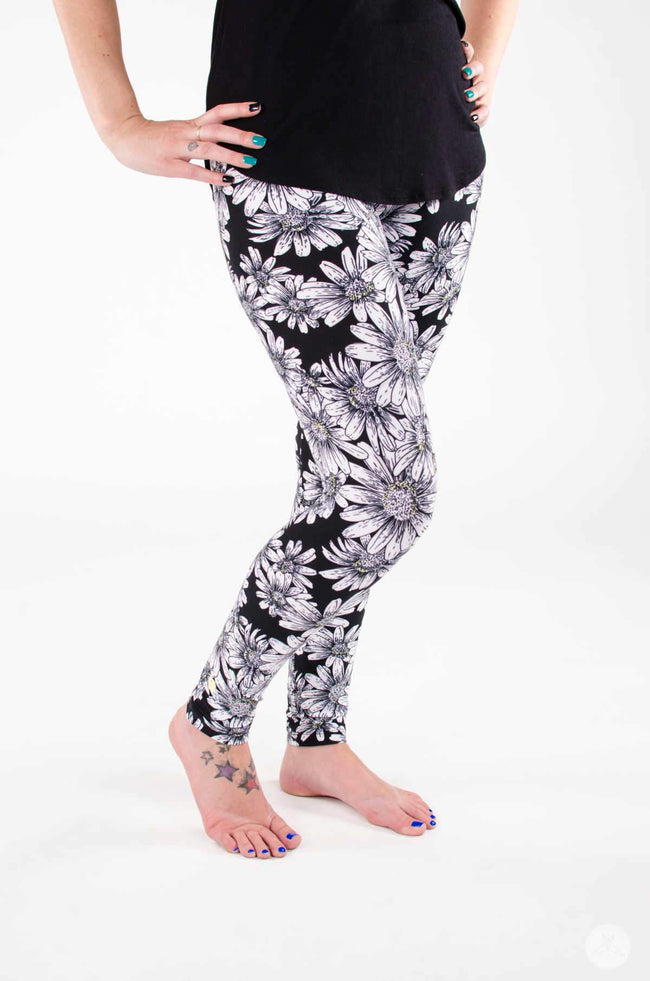 He Loves Me leggings - SweetLegs
