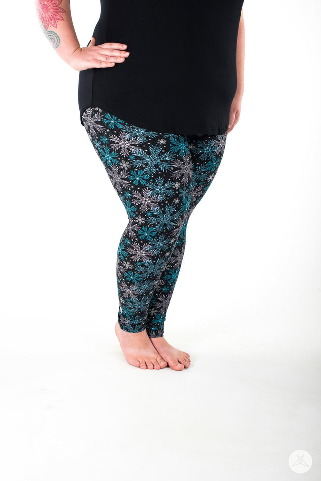 Ice Queen Plus leggings - SweetLegs