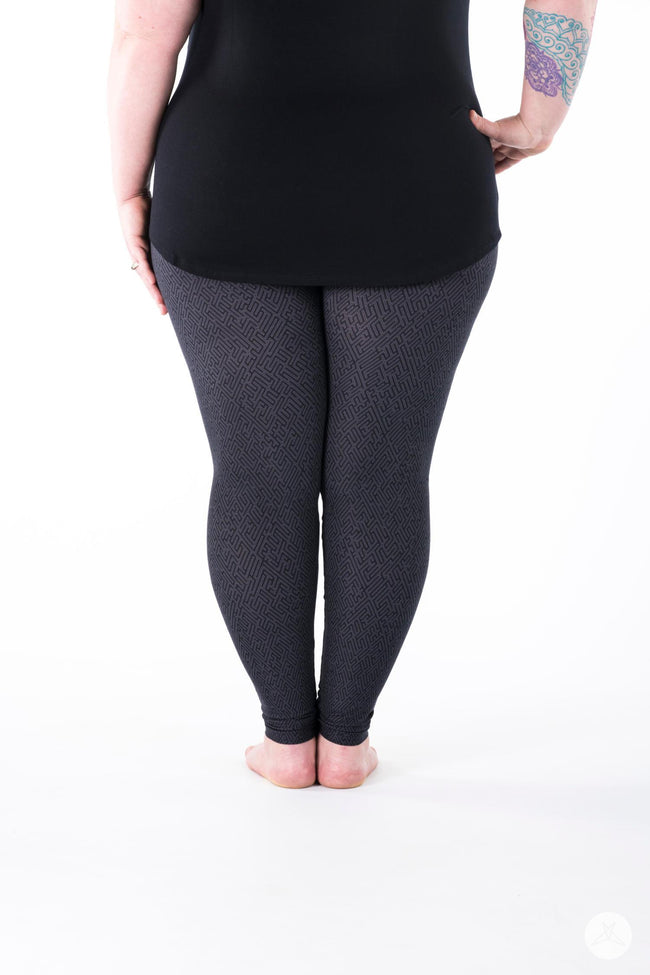 Constance V2 Plus leggings - SweetLegs