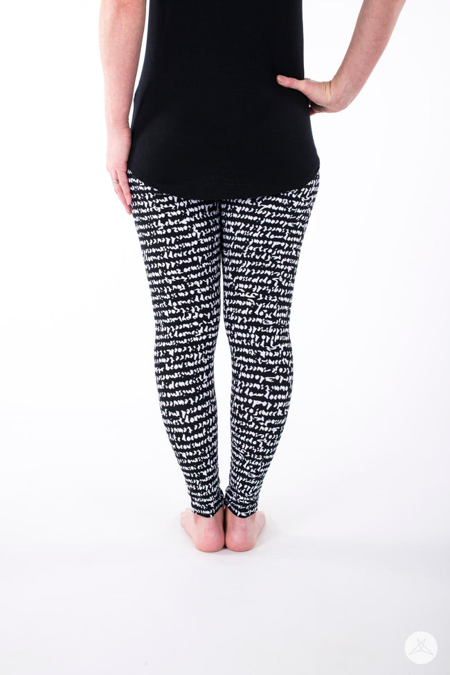 Hello Gorgeous Petite leggings - SweetLegs