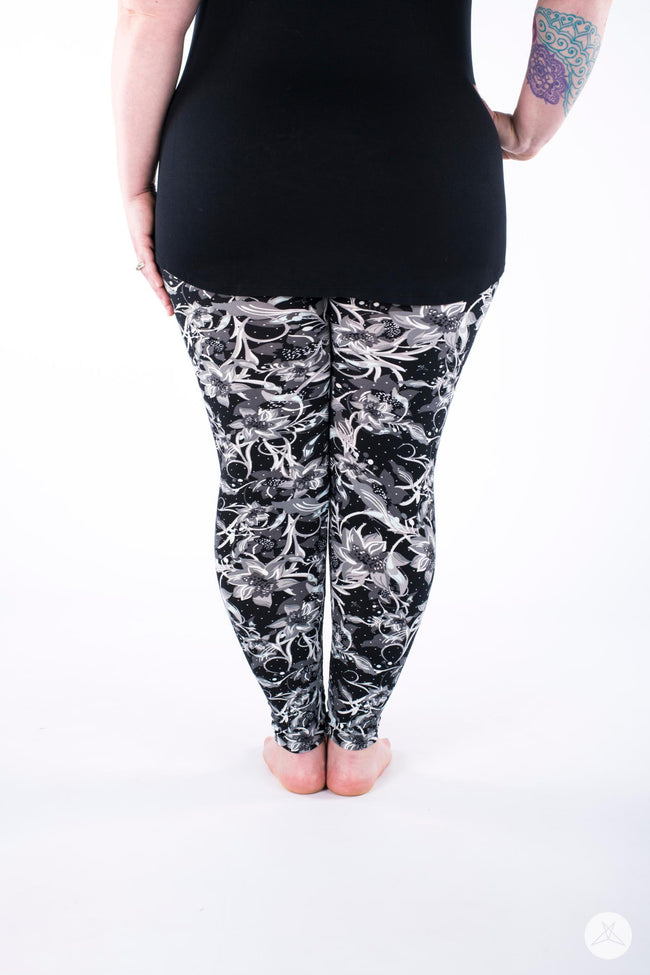 Moonlit Night Plus leggings - SweetLegs