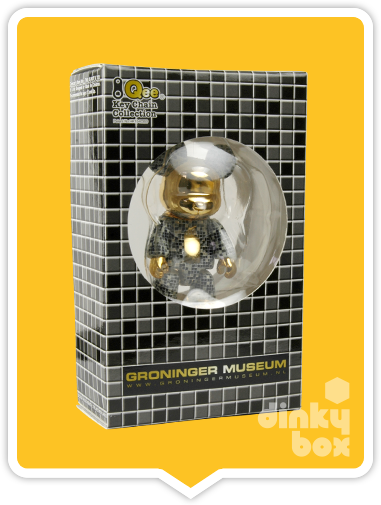 "WINDOW BOXED Toy2R Special Edition Qee : 2.5"" Groninger Museum NL Black Bear mini figure which also doubles up as cute keychain - moosedinky"