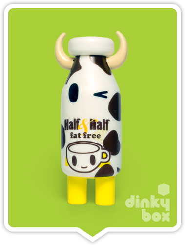 Tokidoki Moofia S1 Half & Half open choice mini figure available to purchase in the UK. You have to love that cheeky wink!