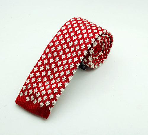 Red and White Knit Tie