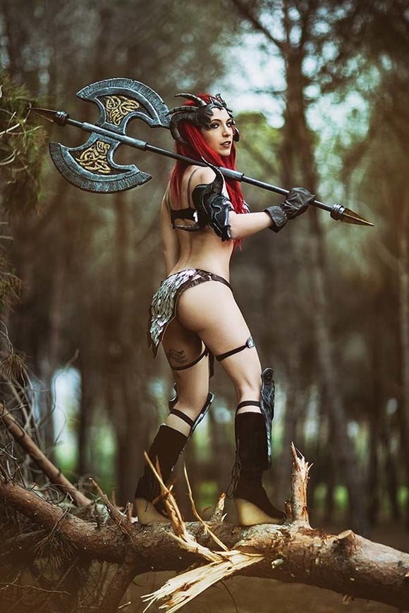 Red Sonja (2019) #11 Cosplay Virgin Variant