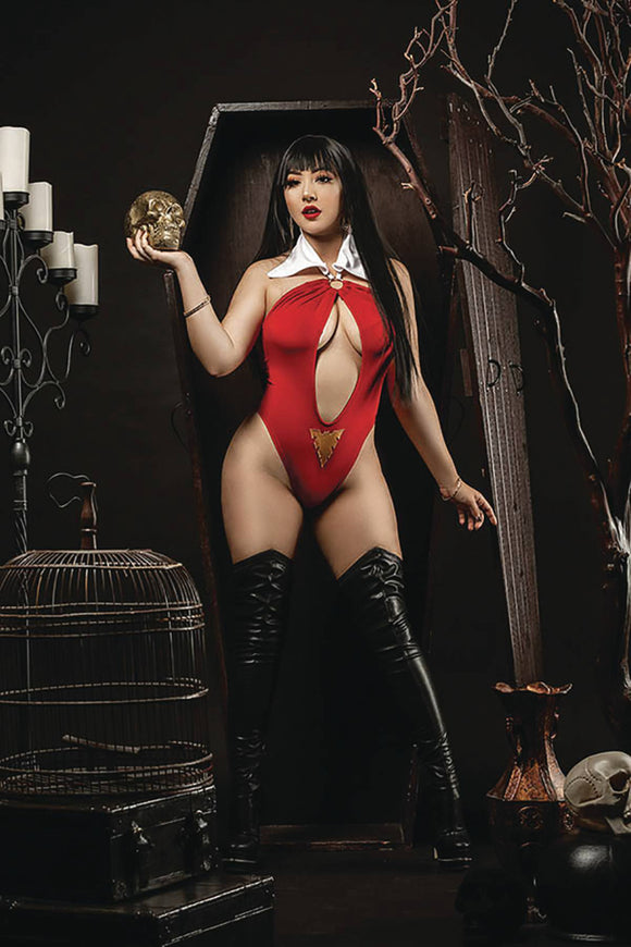 Vengeance of Vampirella (2019) # 9 Cosplay Virgin Variant