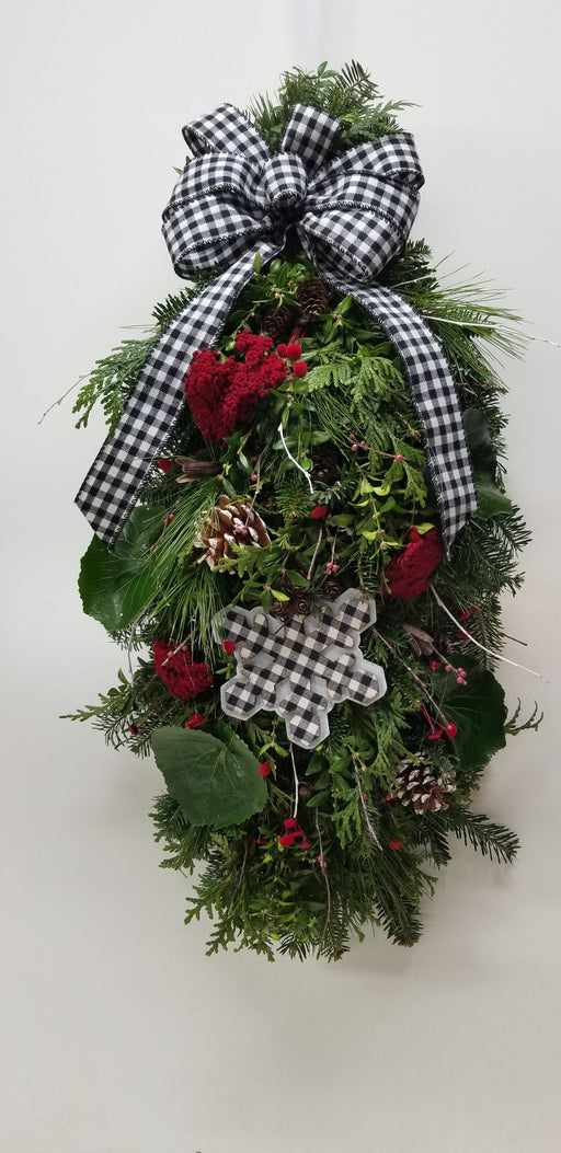 Gingham Christmas Woodland Door Charm