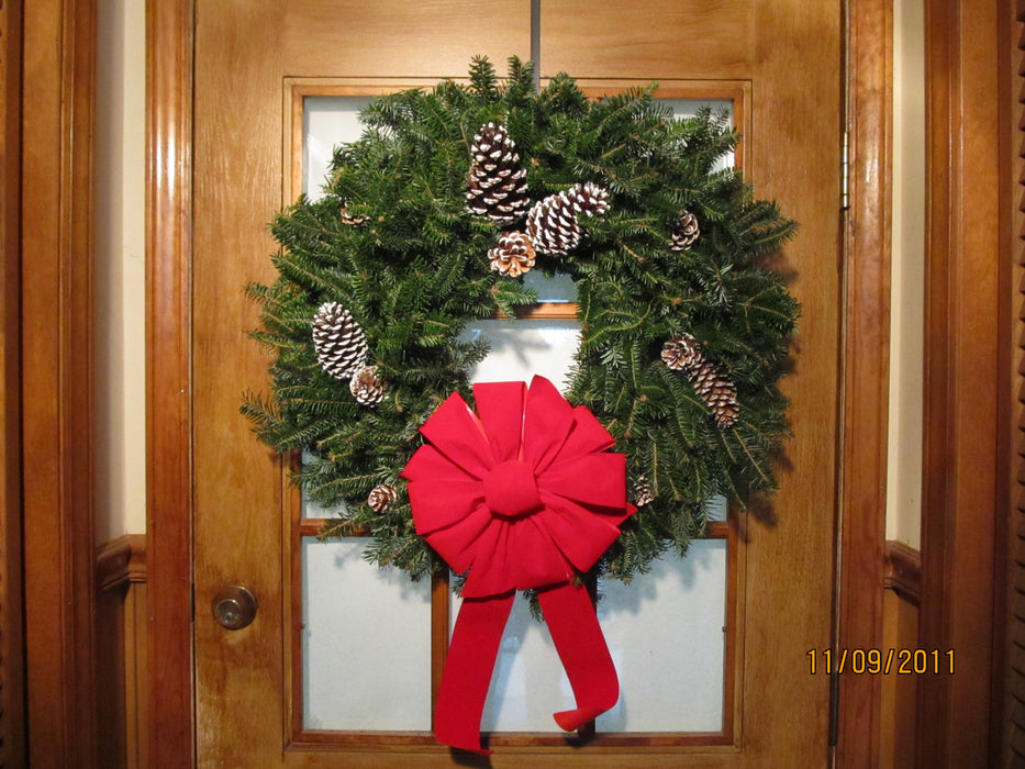 Single Face Fraser Fir Wreath