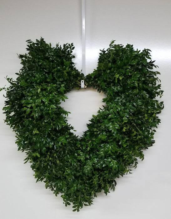 "20-22"" Heart Shaped Valentine Fresh Boxwood Wreath"