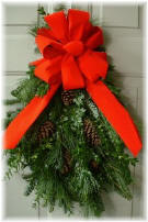 Fraser Fir, White Pine & Boxwood Door Charm
