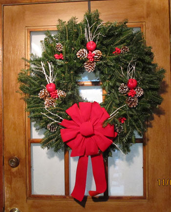 Single Face Decorated Wreath