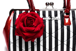 Red Rum Sparkle & Striped Valentine Kisslock