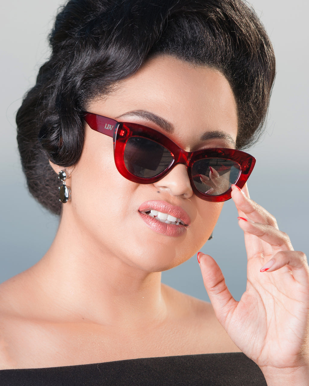 Smitten Sunglasses Red Crystal Frame with Silver Mirror Lens