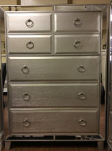 Voeville Antique Gold 5 Drawer Chest