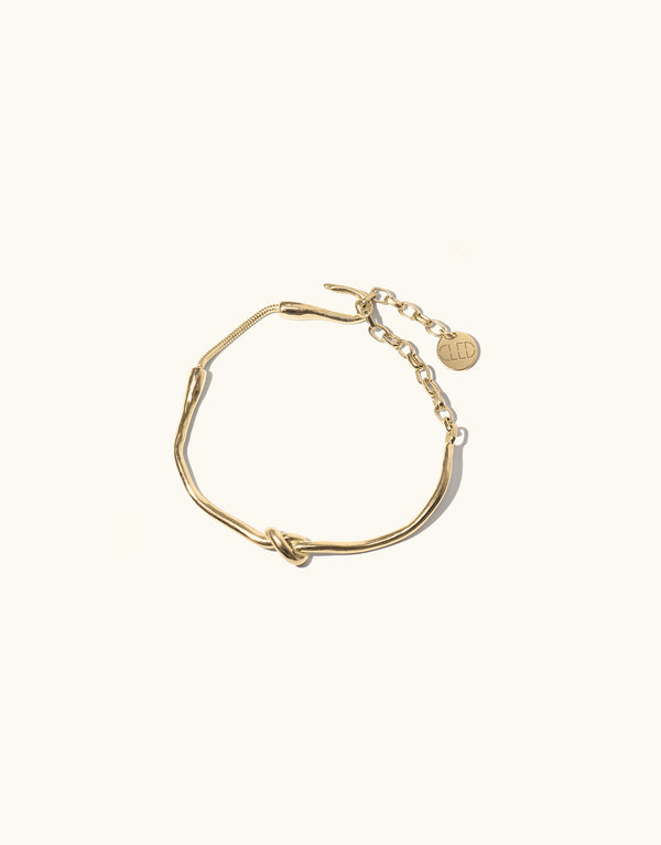Single Rope Hook Bracelet