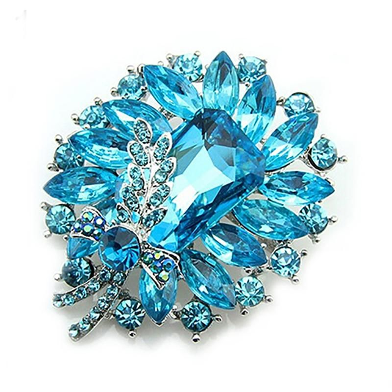 Womens Banquet Party Broach Blue Clear Rhinestone Crystal Butterfly Pin  Hijab Scarf Corsage Coat Sweater Clips 19e95e3cc08f