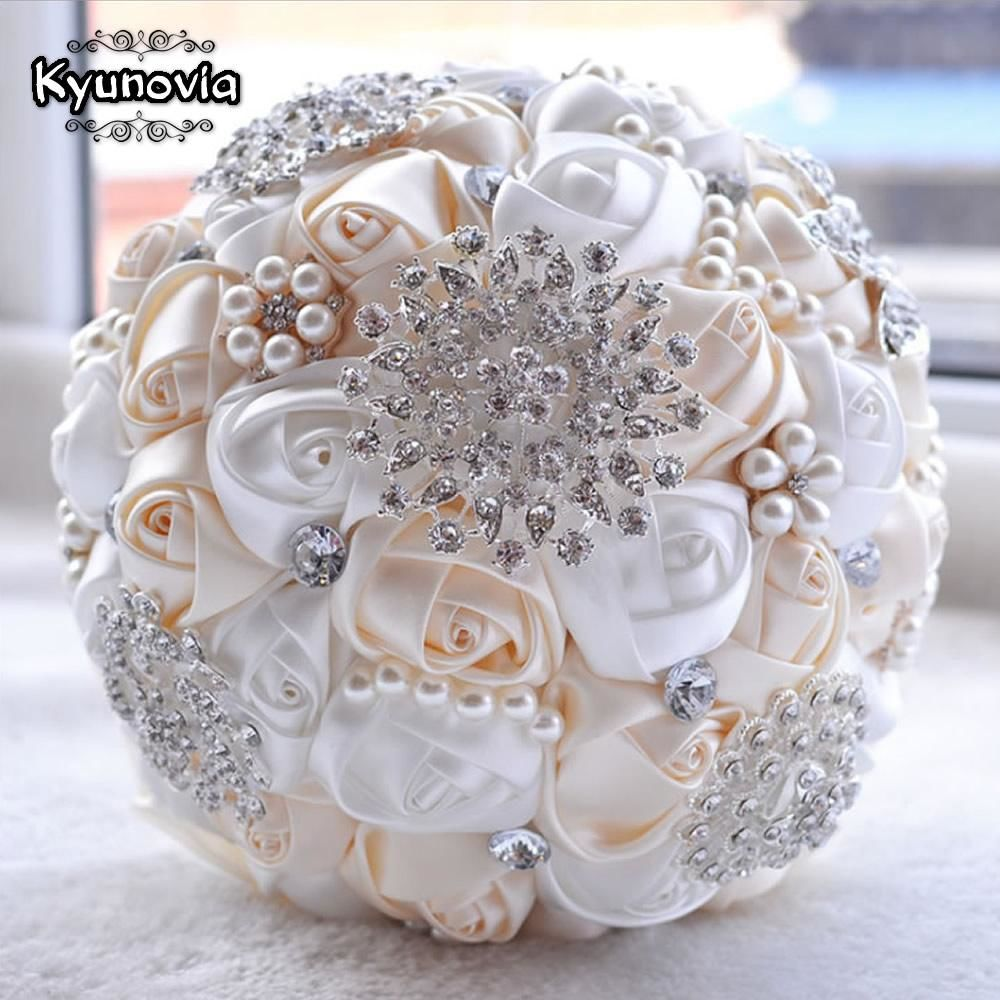 Brooch Bouquet With Pearl Flowers