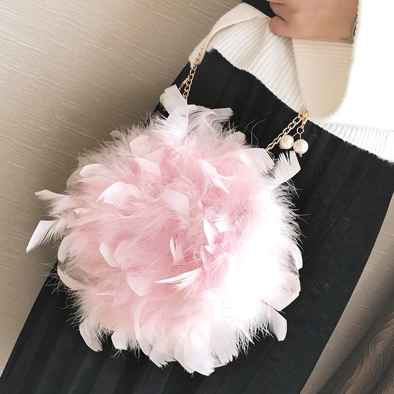 New Women Handbags Quality Soft Fluffy Plush & Feathers Elegant Ladies Chain Round Shoulder bag