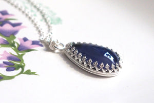 Classic Crown Teardrop Mood Necklace in Sterling Silver