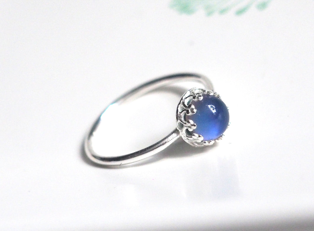Small Crown Mood Ring in Sterling Silver with Color