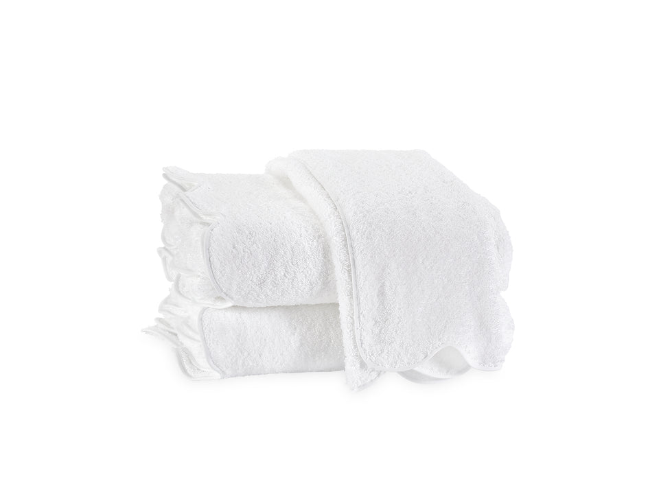 Cairo Luxury Bath Towel with Scalloped Piping