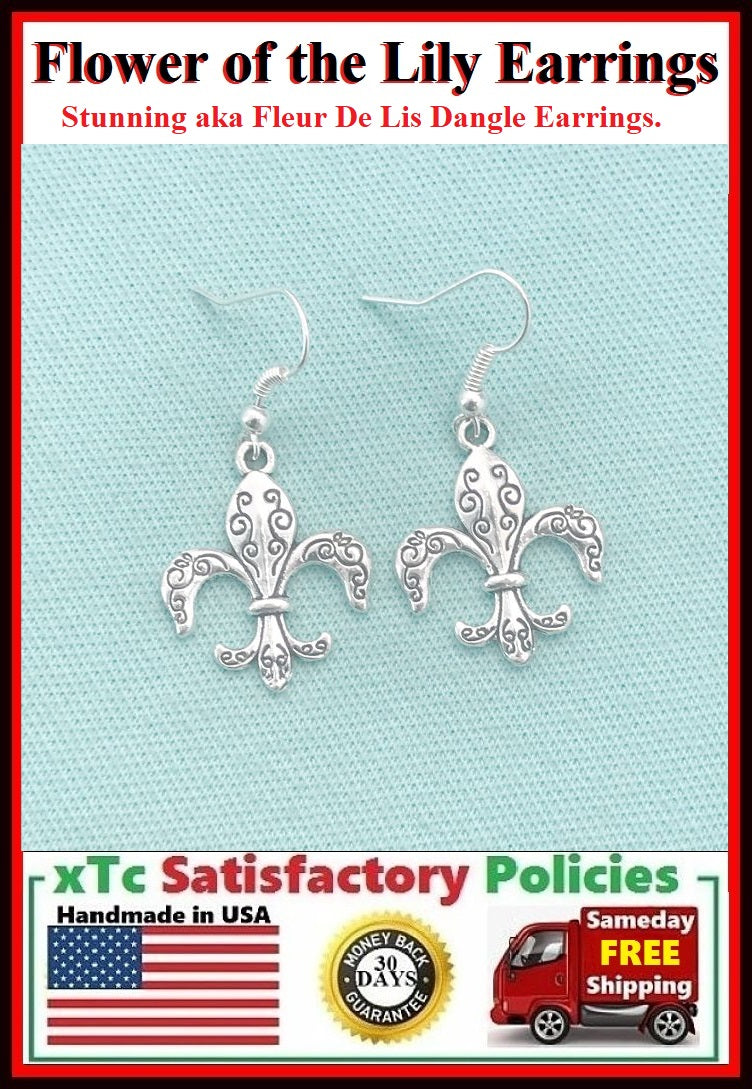 Gorgeous Silver Flower of the Lily Dangle Earrings.