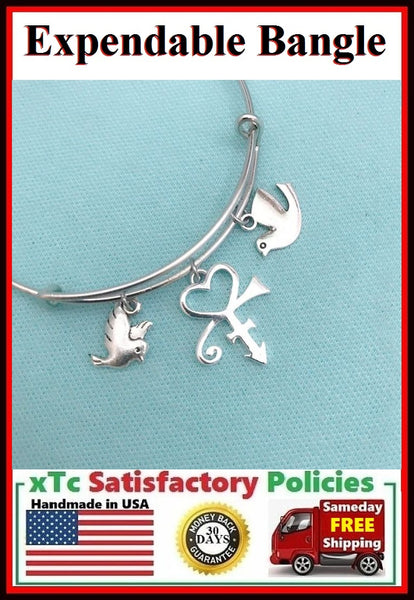 Great Singer Symbol & Doves Charm Expendable Bangle.