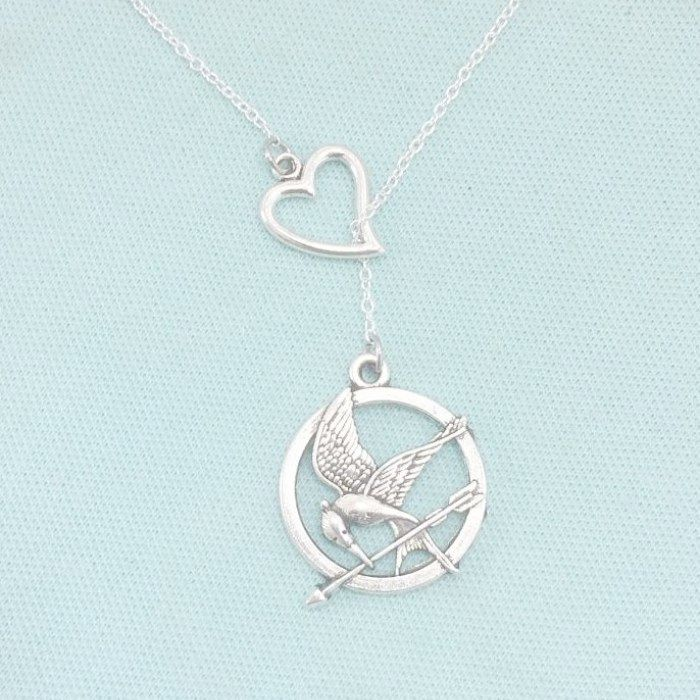 Hunger Games Lover: Mocking Bird Charms Handcrafted Necklace.