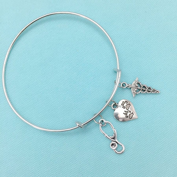 Medical Bracelet : Vet Tech Related Charms Expendable Bangle.
