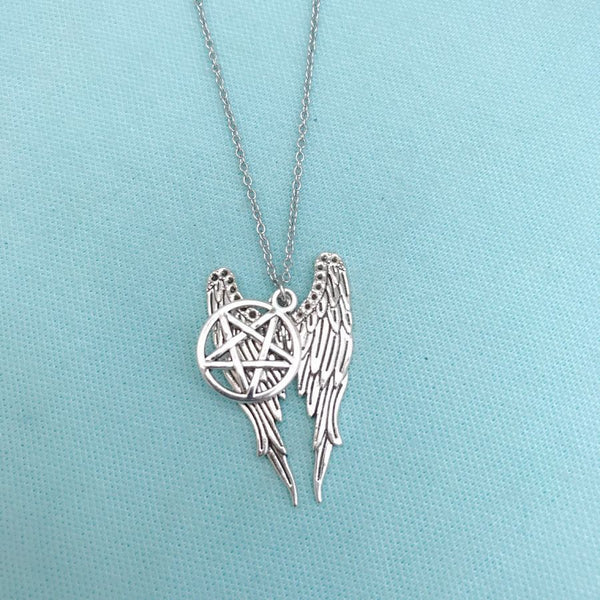 STUNNING COMBINATION of WINGS and PENTAGRAM Necklace.