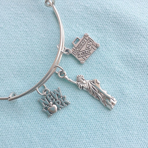 Statue of Liberty & 2 Charms Silver Adjustable Bangle Bracelet.