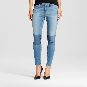 "<img src=""Mossimo.jpg"" alt=""Women's Clothing"" title=""Mid Rise Jegging - patch knee""  / >"