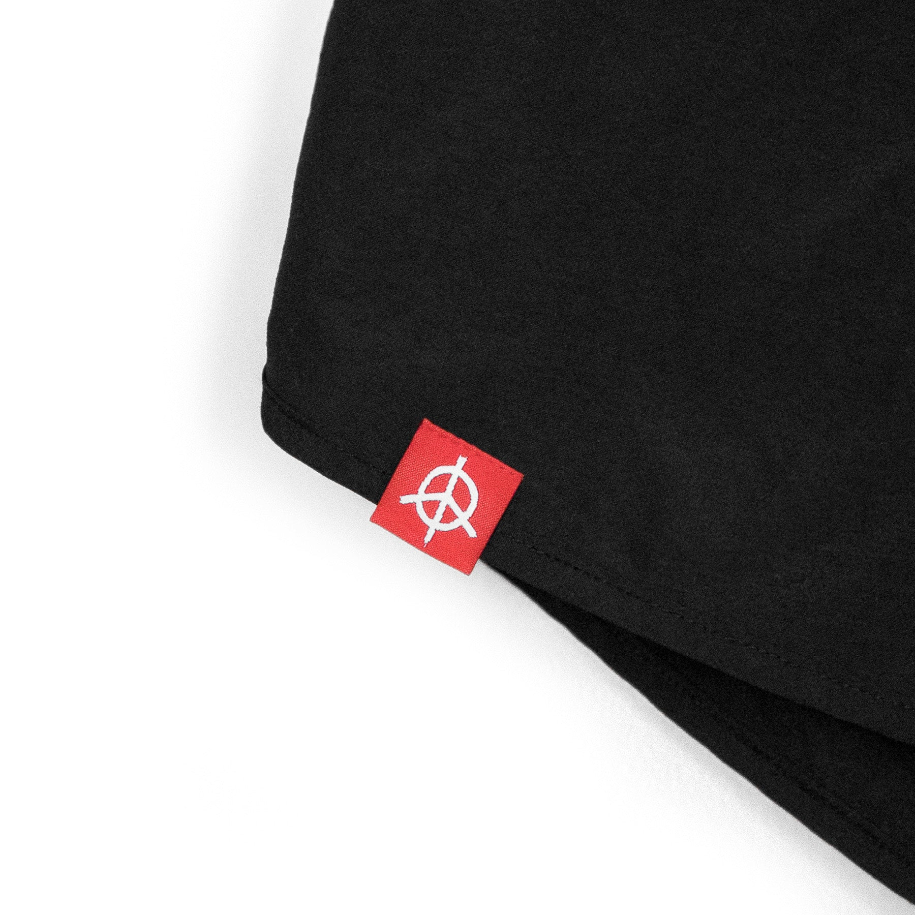 FOR THE PEOPLE RUNNING SHORTS - BLACK