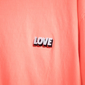 SPREAD LOVE ESSENTIAL T-SHIRT - NEON RED