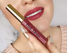 Load image into Gallery viewer, Matte Lipsticks