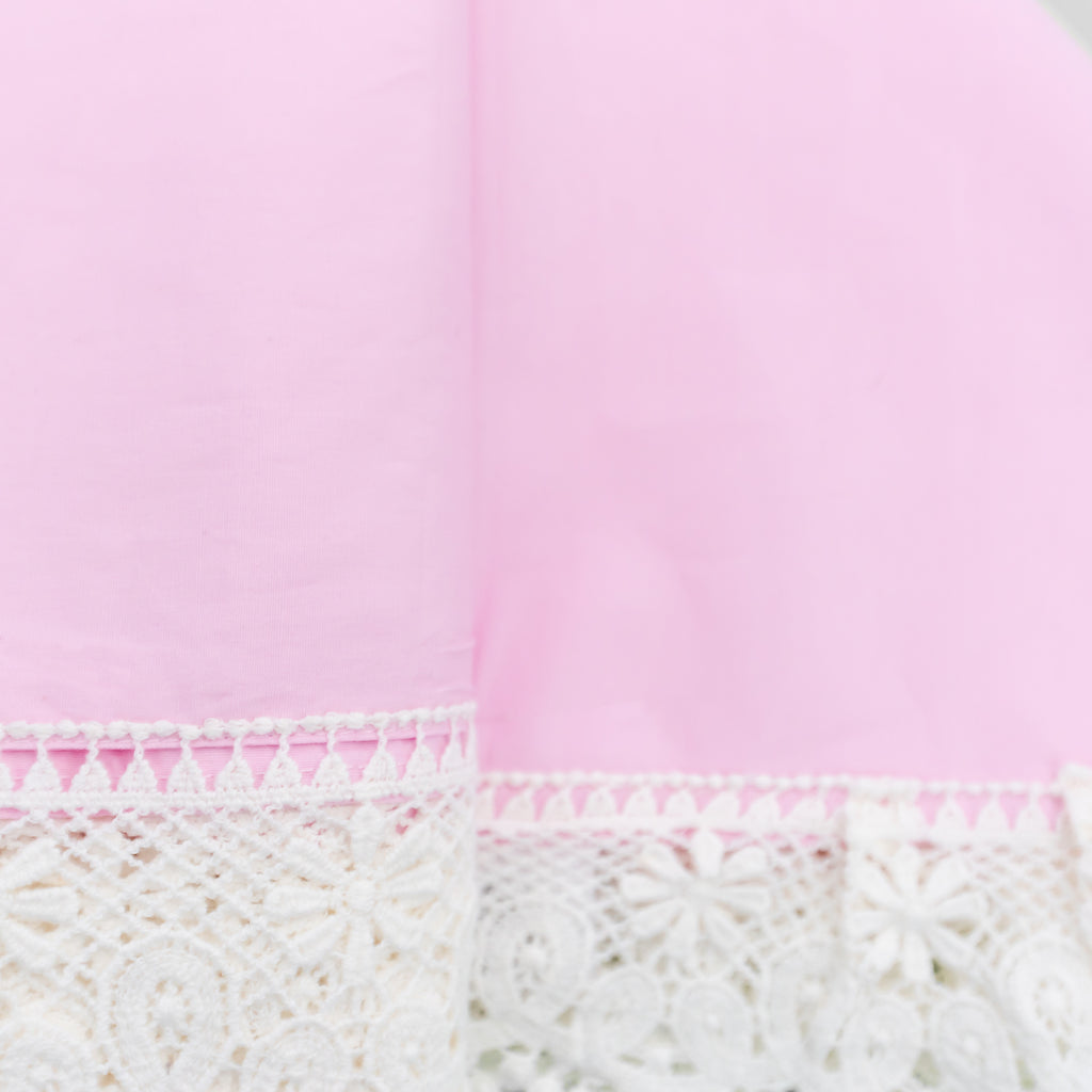 Pastel Pink – Heritage Blankets  A beautiful baby girl blanket or wrap.  Take those beautiful newborn pictures, milestone photos,use as a pram cover or blanket, and hang in your little girls nursery as a pretty statement piece. 100 % cotton this blanket will become your baby must have or essential item that you will be in absolute love with. and what a dutiful keepsake to treasure forever