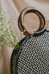 LEIGHLA LARGE SLIM ROUND WEAVE BAG (BLACK & NATURAL)