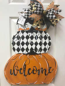 Fall Welcome Stacked Pumpkin